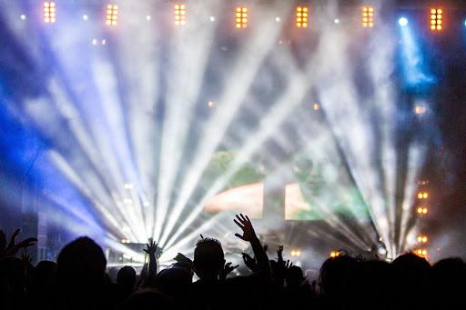 ¿Qué tipos de permisos se necesitan para dar un concierto?