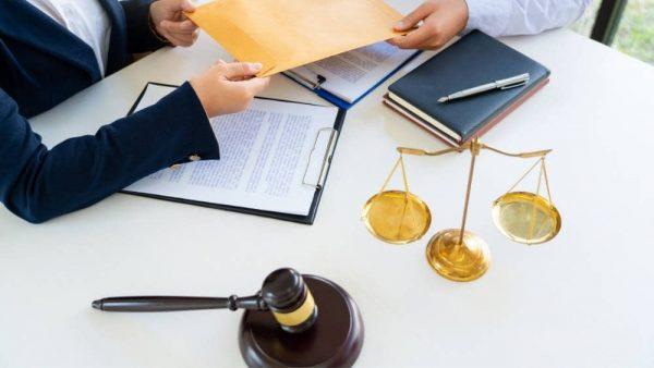 Funciones de un abogado administrativo